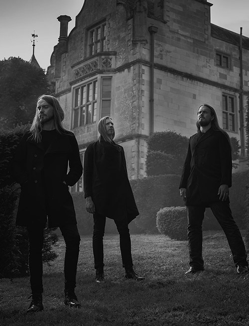 A picture of the band Lychgate by Simon Francis.